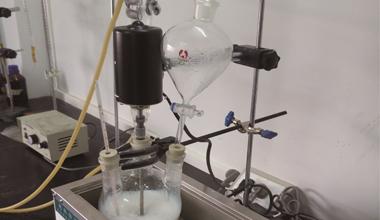 乳液胶粘剂试验